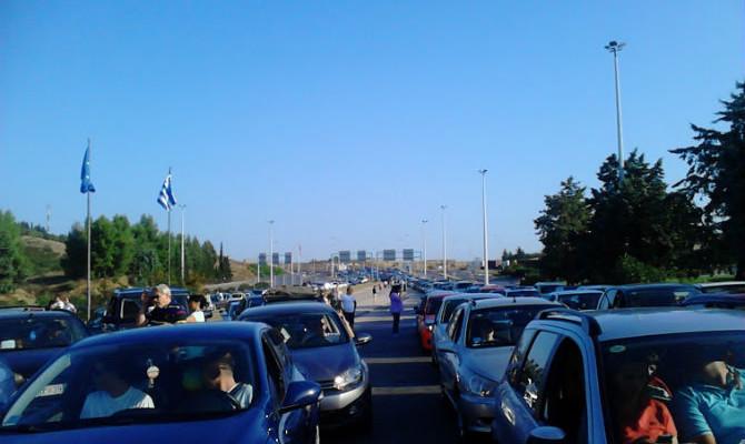 ГУЖВИ КОН ГРЦИЈА: За излез од Македонија на премините Богородица и Дојран се чека до 45 минути