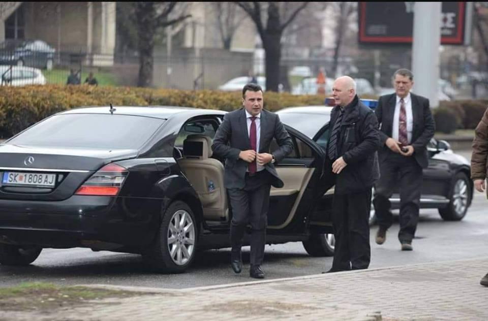 БОРБА ПРОТИВ ЛАЖНИ ВЕСТИ: Владата ќе плати само 53.000 евра за гуми за мерцедесот кој служи за превоз на Заев и за прогон на Груевски