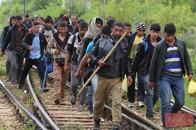 ИНЦИДЕНТ НА ГРАНИЦАТА СО ГРЦИЈА: Војници на АРМ стрелале во воздух за да спречат влез на група нелегални мигранти