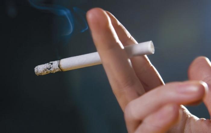 Забрането пушење: Од утре и Црна Гора ги трга пепелниците од затворени простории