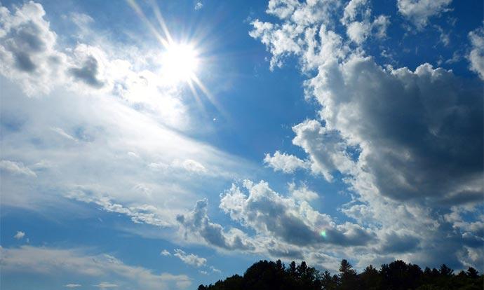 Време: Сончево, попладне локален пороен дожд