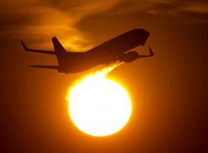 Македонците вчера масовно купувале авионски билети од лажна интернет страница