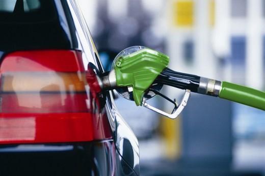 Бензините поветини за денар, дизелот со иста цена