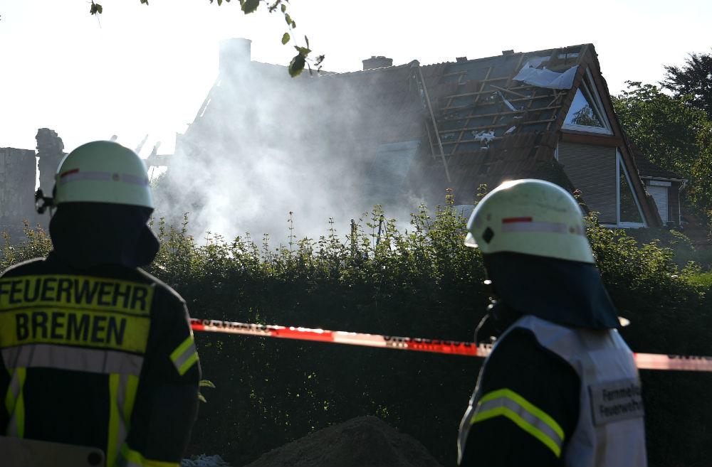 Тројца загинати во германскиот град Бремен во експлозија во станбена зграда