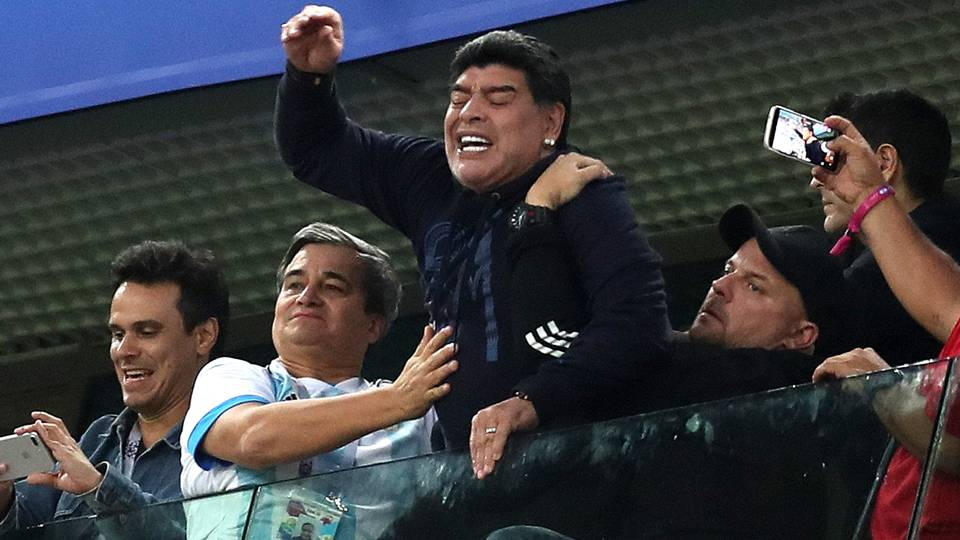 Марадона: Има мафија која киднапира фудбалери во Африка и ги натурализира во Европа