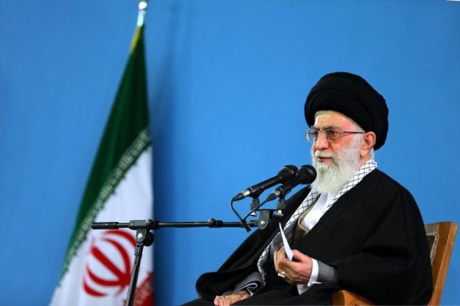 Хамнеи: Иран ќе им одговори на британските пирати