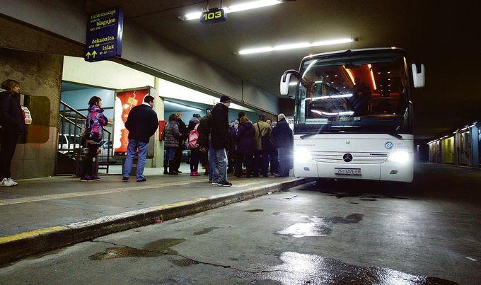 Хрватска се иселува, итно бара 15.000 работници за на море