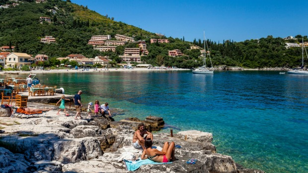 ГОЛЕМА ТУРИСТИЧКА АФЕРА: Српска агенција измами 4.500 лица кои уплатиле евтин годишен одмор