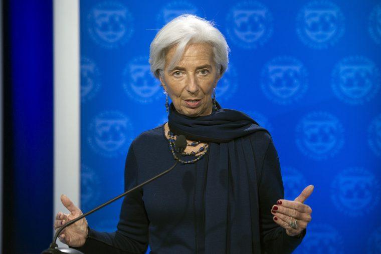 """ММФ предупредува: Поради """"четирите облаци"""" ни се заканува економска бура"""