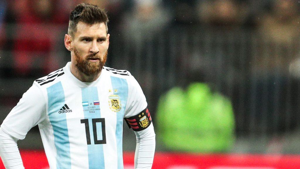 Рикардо Ломбарди: Меси да биде исфрлен од репрезентацијата, намерно игра лошо