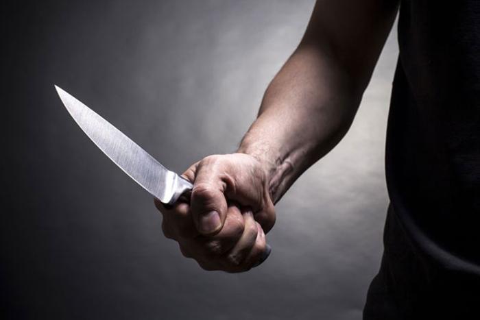Нападите со ножеви ги натераа Германците кон строги забрани за носење ладно оружје