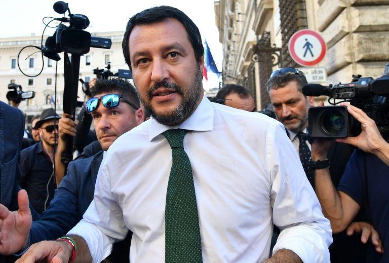 Салвини: Помош за мигрантите само на брод, но не на италијанско тло