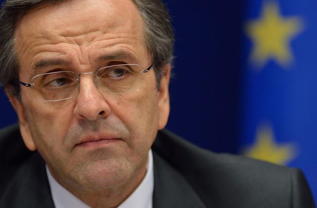 Самарас упати тешки критики за договорот