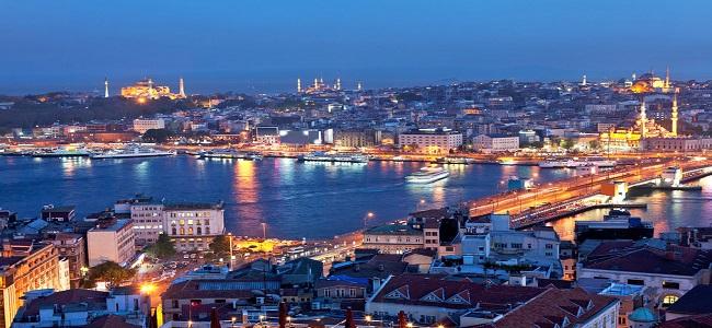 Турски сеизмолог: Голем е ризикот од силен земјотрес во Истанбул и цунами во Мраморно Море