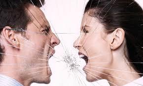 Четири знаци дека партнерот не е сериозен за вашата врска