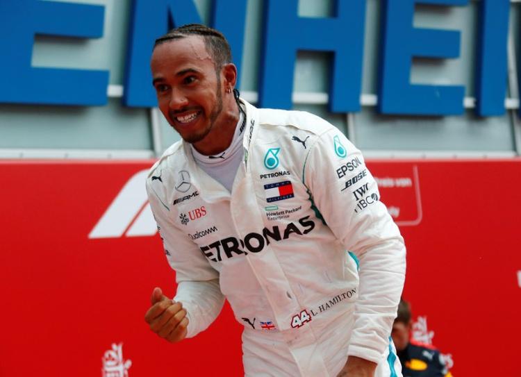 Формула 1: Хамилтон ја освои и Шпанија