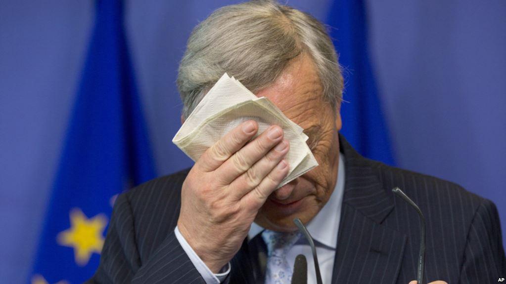 ЈУНКЕР: Задоволни сме од договорот за Брегзит, но денот е тажен и не е за шампањско