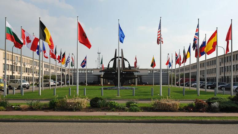 САМИТ ВО БРИСЕЛ: И покрај тензиите НАТО се обидува да покаже единство