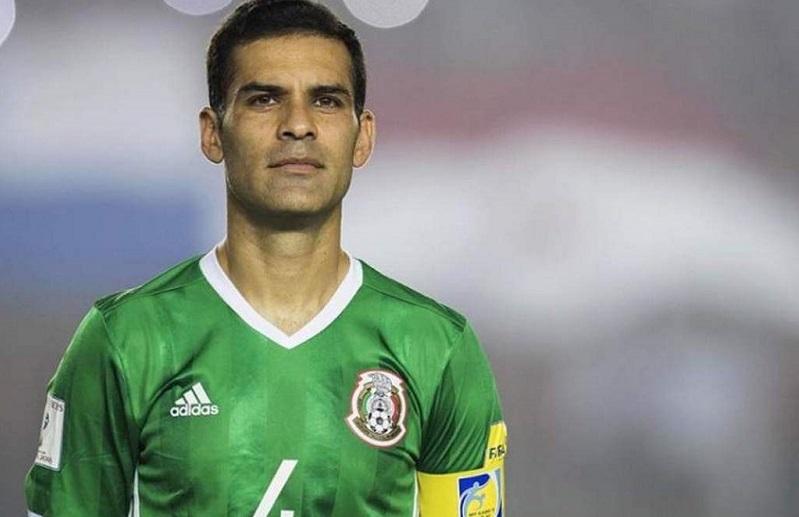 Рафаел Маркез одигра на пет мундијали и на 39 години оди во фудбалска пензија