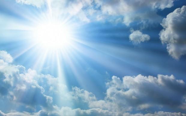 Време: Сончево до 33 степени