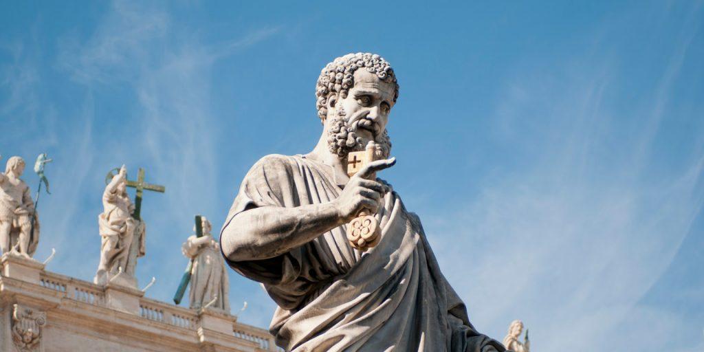 ПЕТРОВДЕН – ЗОШТО ЦРКВАТА ГО ОТФРЛИЛА ЕВАНГЕЛИЕТО СПОРЕД ПЕТАР: Му пресудил ересот дека Исус не чувствувал болки на крстот