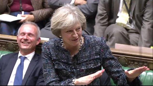"""Ториевците го """"искинаа"""" нон-пејперот на Тереза Меј – Британија ќе стане вазалска држава"""