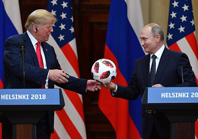 ТРАНСКРИПТ од прес-конференцијата во Хелсинки: Трамп: Односите САД – Русија беа најлоши до сега, но тоа се смени пред 4 часа