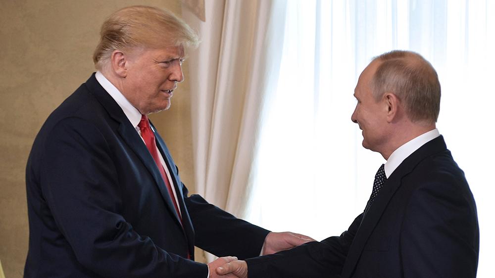 ТРАМП-ПУТИН: Како 400 милиони долари, од 1,5 милијарди илегално изнесени од Русија, завршиле за кампањата на Хилари Клинтон?