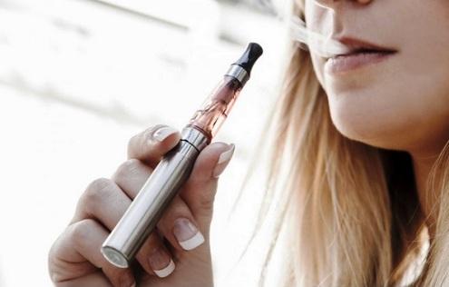 Електронските цигари се поштетни отколку што многумина сметаат