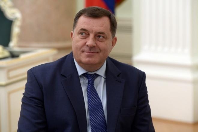Додик: Собранието на РС одлучно да си ги поврати одземените надлежности