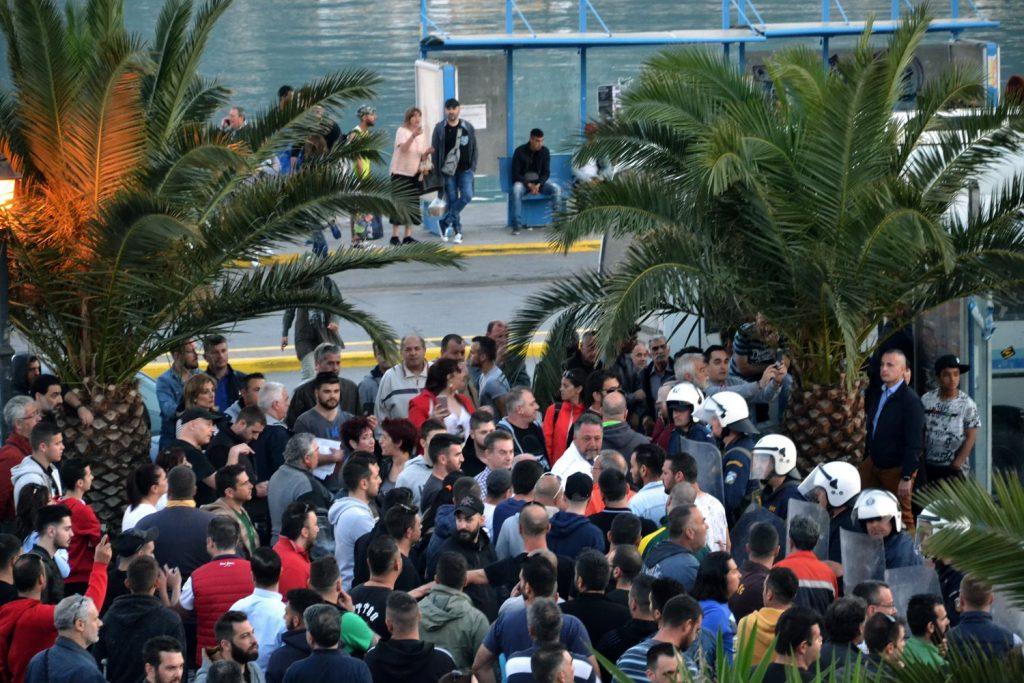 Грција: 15-годишен мигрант уби еден, а рани двајца врсници во прифатен центар