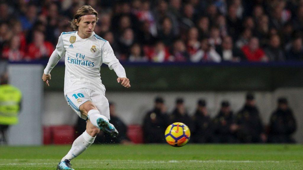 Реал Мадрид: Модриќ ќе го продолжи договорот на една година