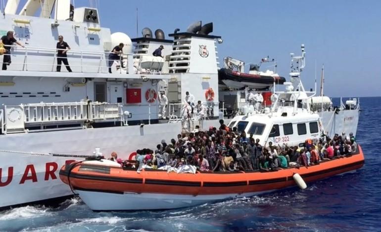 Бушати: Албанија ќе прифати мигранти од Италија