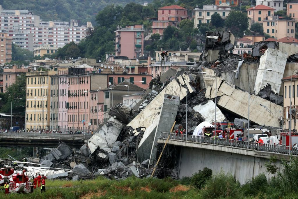 Утре погреб на загинатите во Џенова и ден на жалост во Италија