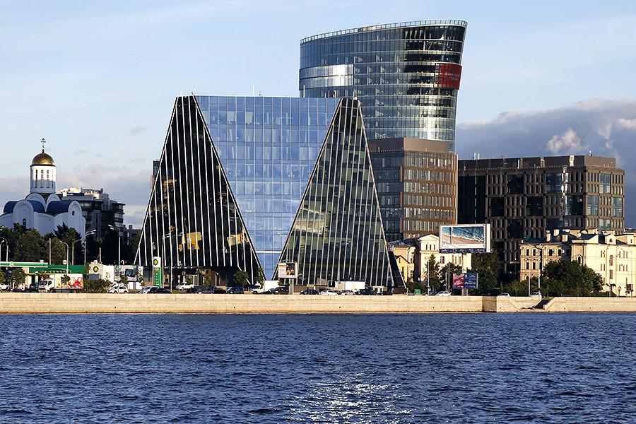 Русија го протера украинскиот конзул обвинет за добивање доверливи информации