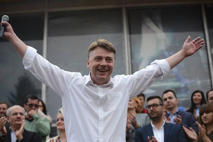 Со 130 000 евра на скопјани, Шилегов ќе се рекламира колку е добар градоначалник