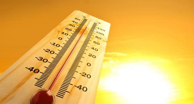 ВРЕМЕ: Врело како вчера, со еден степен пониска температура