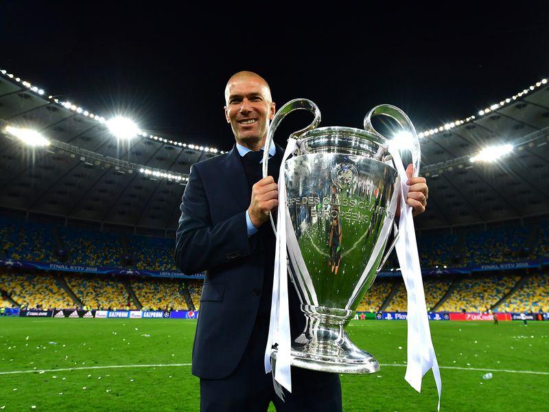 Л'Екип: Зидан следната сезона го менува Мирињо во Јунајтед