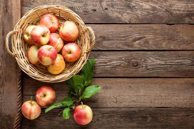 Јаболко- повеќе од овошје