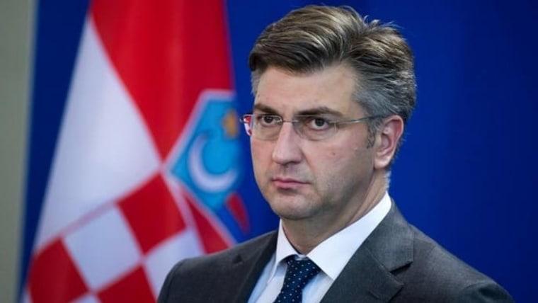 ХДЗ смени три министри во Владата