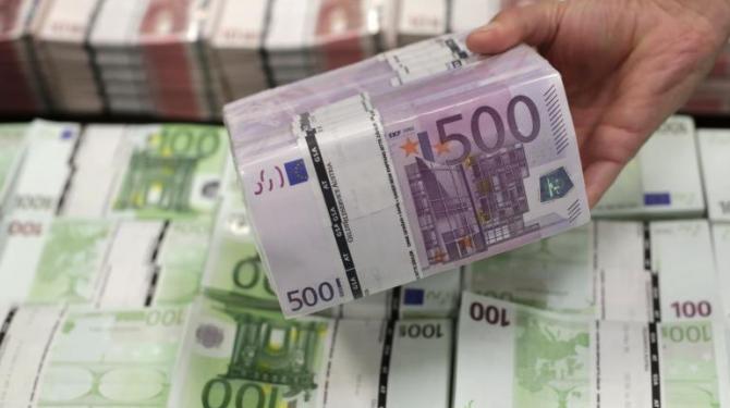 Тевдовски: Идната недела ЕИБ ќе префрли пари од првата транша од 100 милиони евра за кредити
