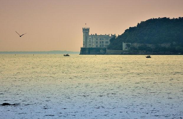 Германец украл морска вода од Јадранско Море и сега мора да ја врати и да плати казна
