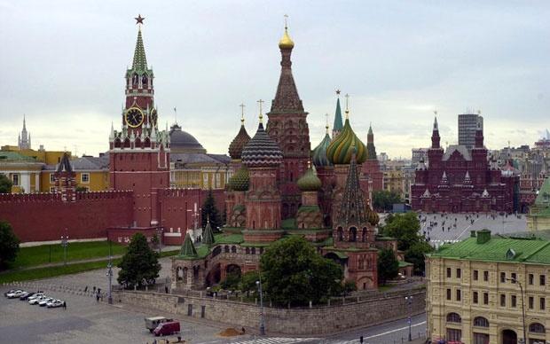 Русија ќе ги брани интересите на православните во случај на немири во Украина