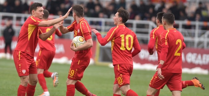 Македонските фудбалери до 19 години поразени од Полска