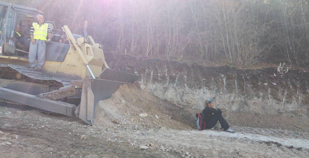 Изградба на гасоводот: Багери на Водно копаа и на државен празник