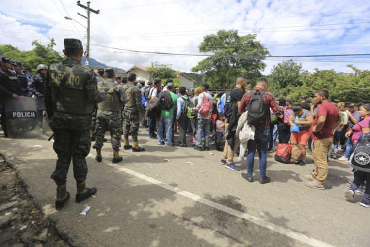 Мексико: Претседателот Нијето ќе им понуди работа на мигрантите ако се регистрираат