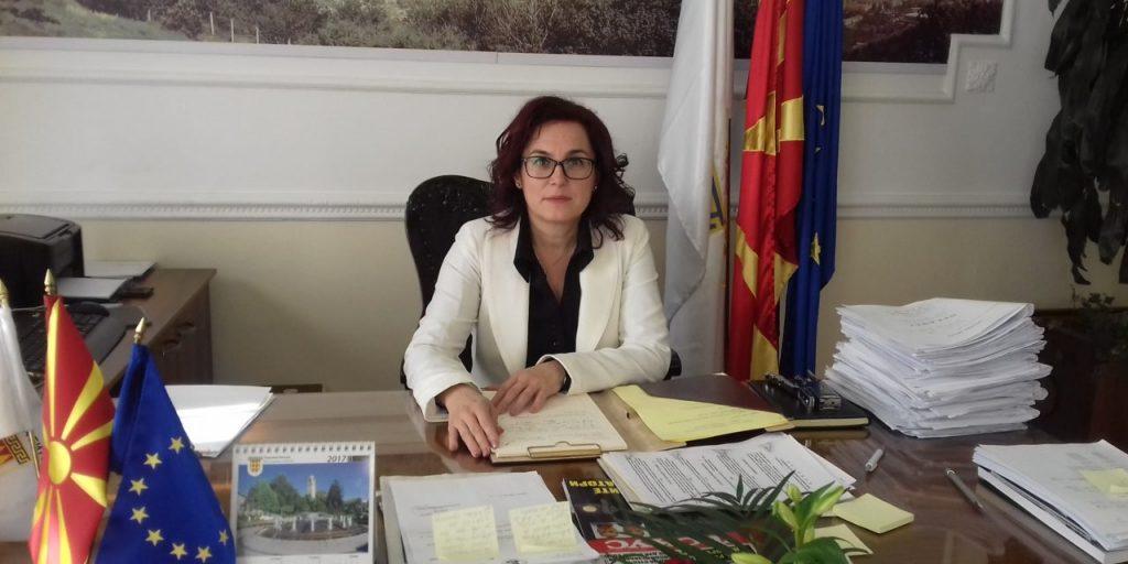 Битола: Градоначалничката ги дисциплинира учениците што протестираат за јавен превоз