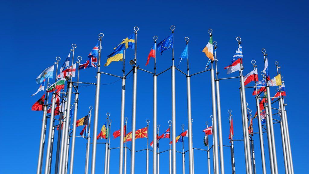 """""""ДЕМОКРАТИТЕ"""" ОД БРИСЕЛ НЕ ГИ ИНТЕРЕСИРА ВОЛЈАТА НА НАРОДОТ: Преспанскиот договор и натаму ужива целосна поддршка од ЕУ"""