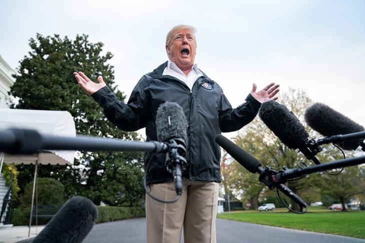"""Трамп: """"Не сакам Ајнштајн да ми биде пилот, сакам професионалци"""""""