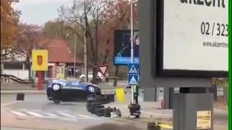 Автомобил се истумба на денешната трка кај Скопски Саем (ВИДЕО)